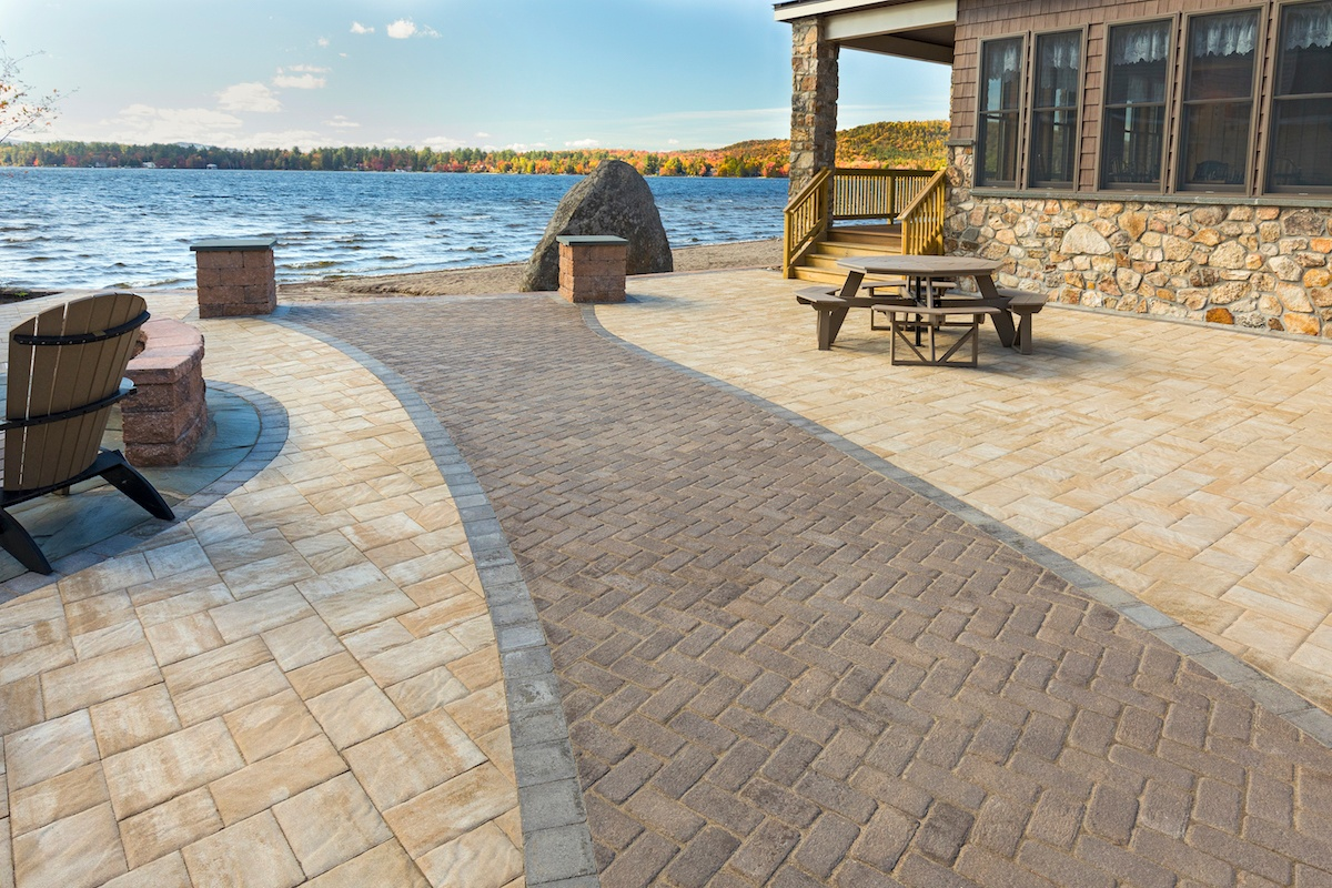 patio with different color paver walkway