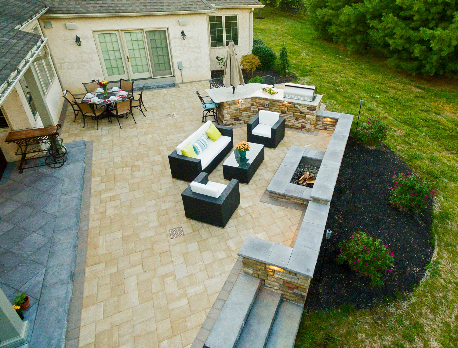 Outdoor Kitchen Price Part - 47: Learn Paver Patio Cost And Natural Stone Prices For Your Home In Reading Or  Lancaster,