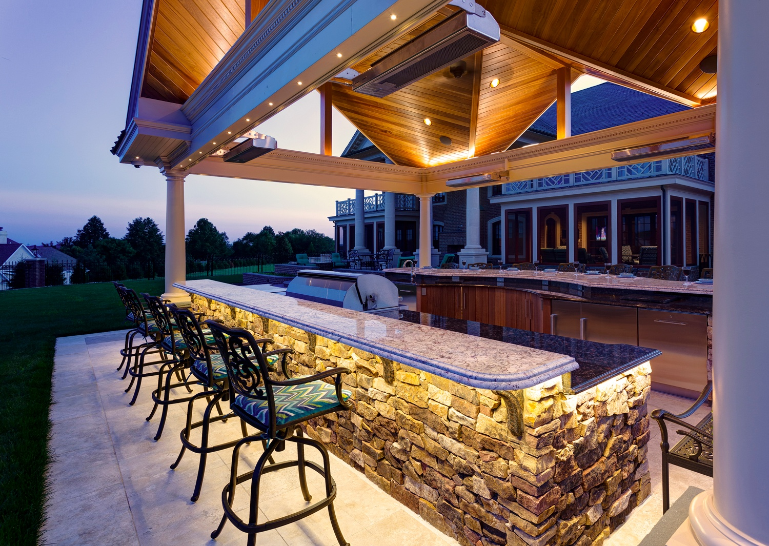 Outdoor Kitchen Designs: Something For Everyone