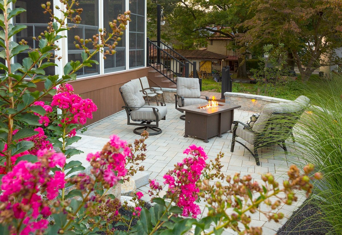 Outdoor living area landscape design Ephrata, PA