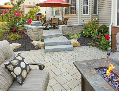 Eby-patio-steps-walls-fire-feature-6