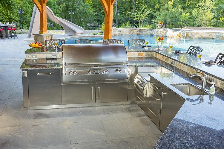 Outdoor kitchen grills and built in grill reviews for Harrisburg, York, & Lancaster, PA