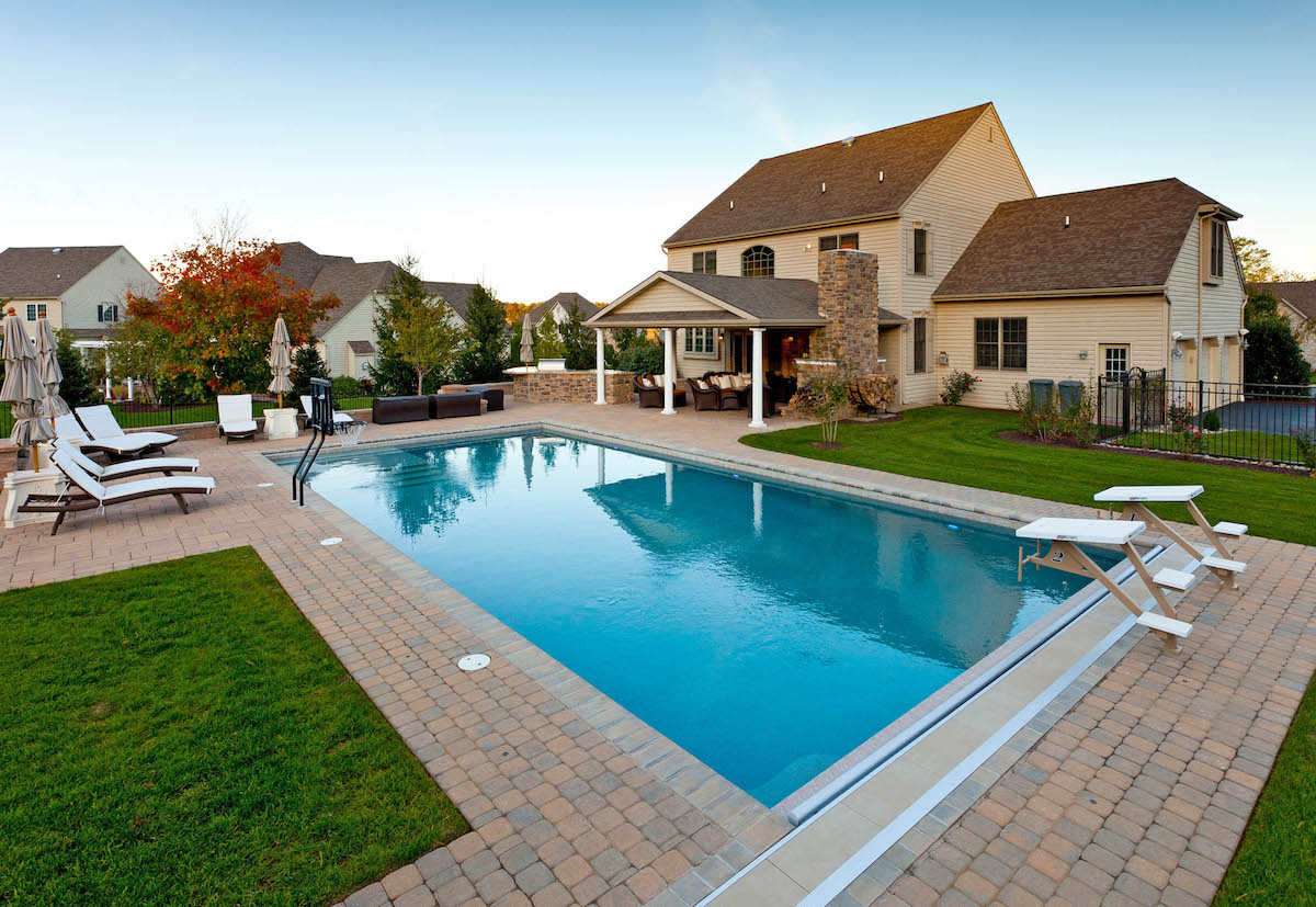 Georgellis-pavilion-outdoor-fireplace-pool-patio-2