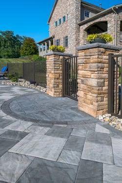 Hartman-patio-fence-gate-pillars-1