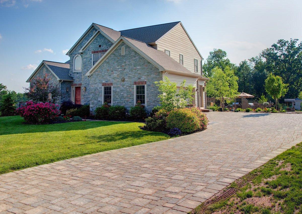 Hollander-paver-driveway-1