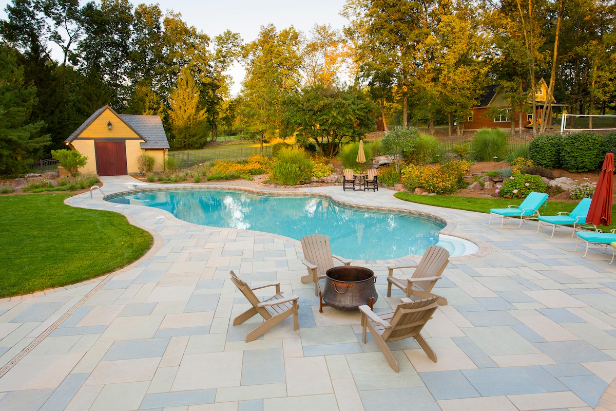 pool patio with large pavers