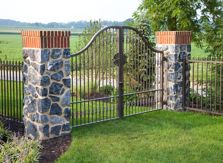 gate design residential landscape