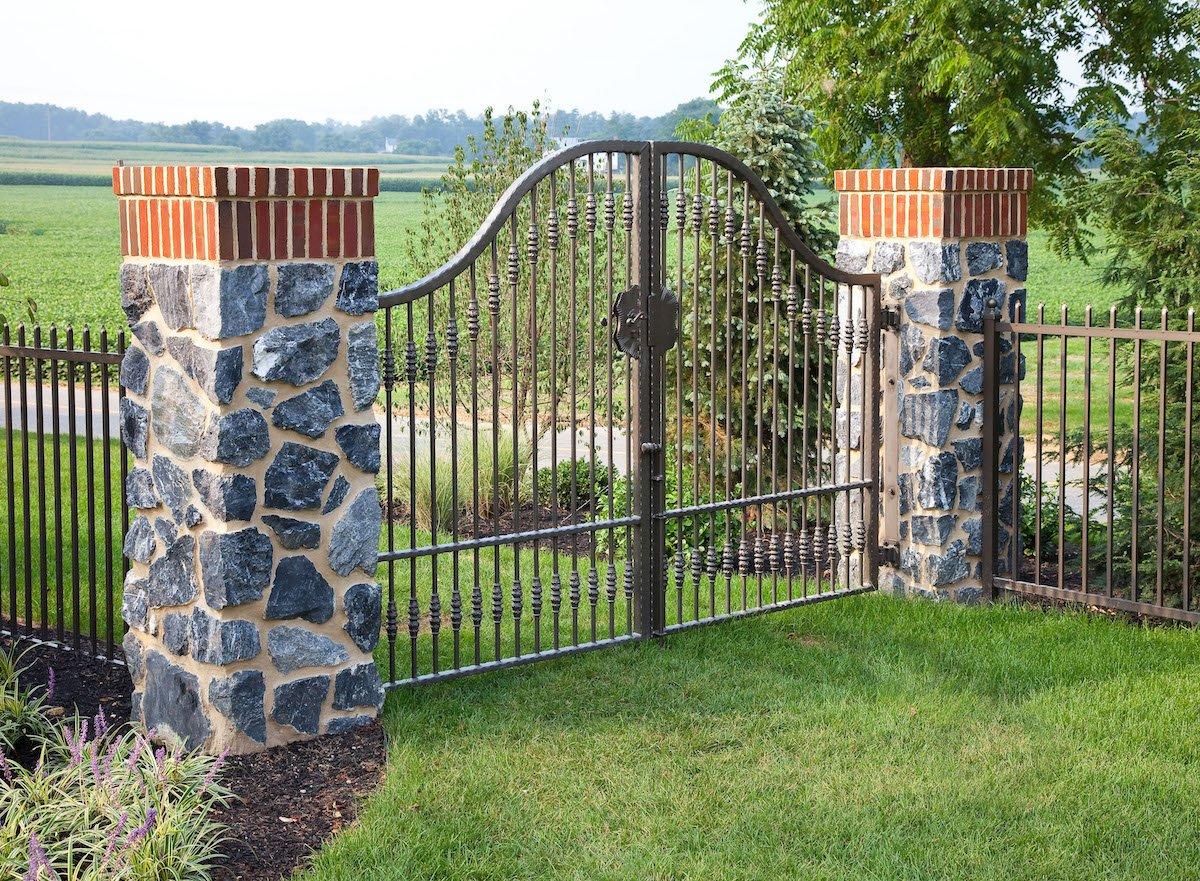 Kreider-columns-gate