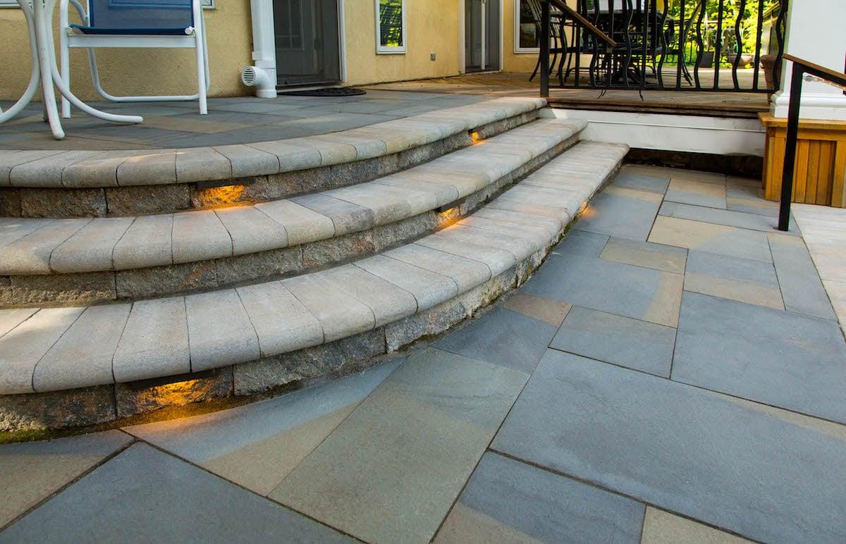 Loss-patio-steps-lighting-1
