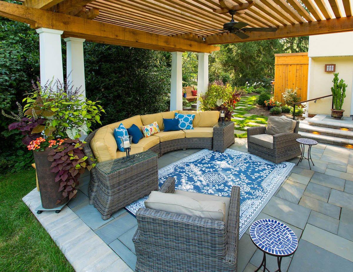 flagstone patio with pergola