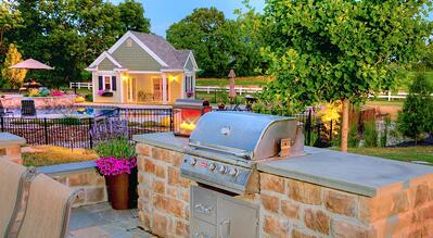 Outdoor kitchen and pool house