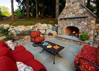 outdoor-kitchen-flagstone-patio-boulders-6