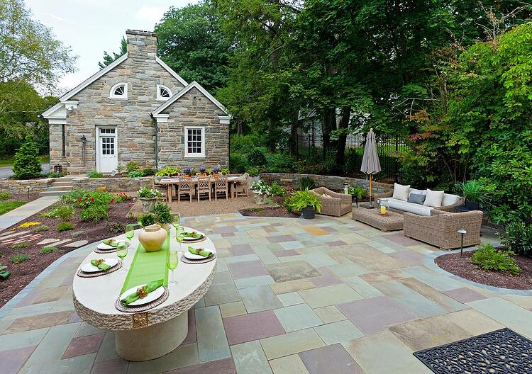 Outdoor living area landscape Lancaster, PA