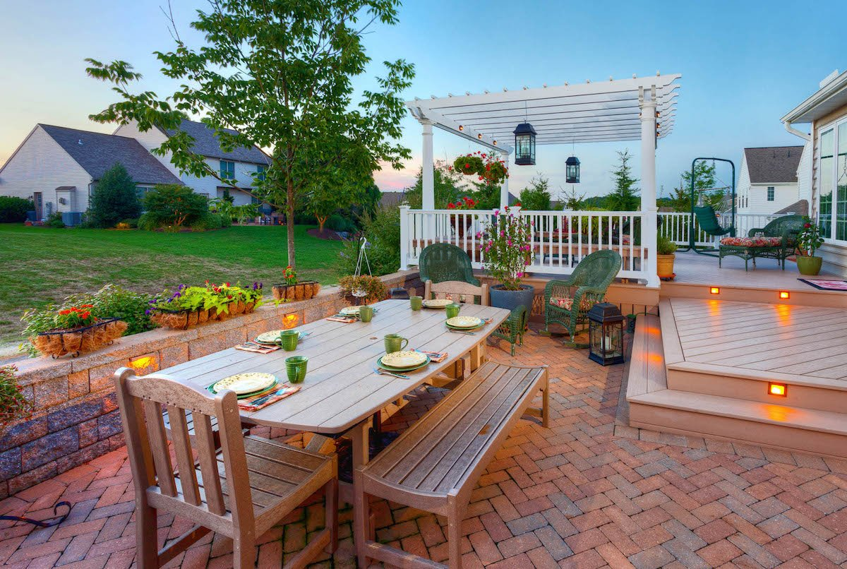 West-vinyl-pergola-patio-wall-lighting-deck-1