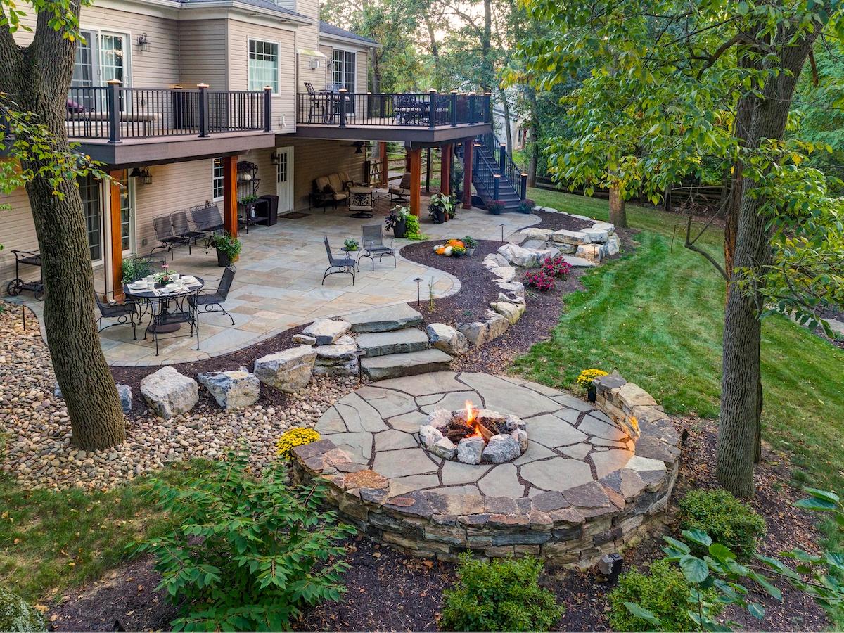 Martin-flagstone-patio-fire-pit-boulder-wall-steps