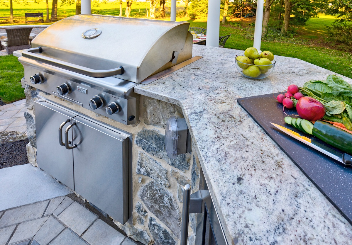 Outdoor Kitchen Countertop Details, Materials, and Ideas to Ponder on wooden decks with outdoor kitchens, outdoor travertine tile countertops for kitchens, bluestone countertop outdoor kitchens,
