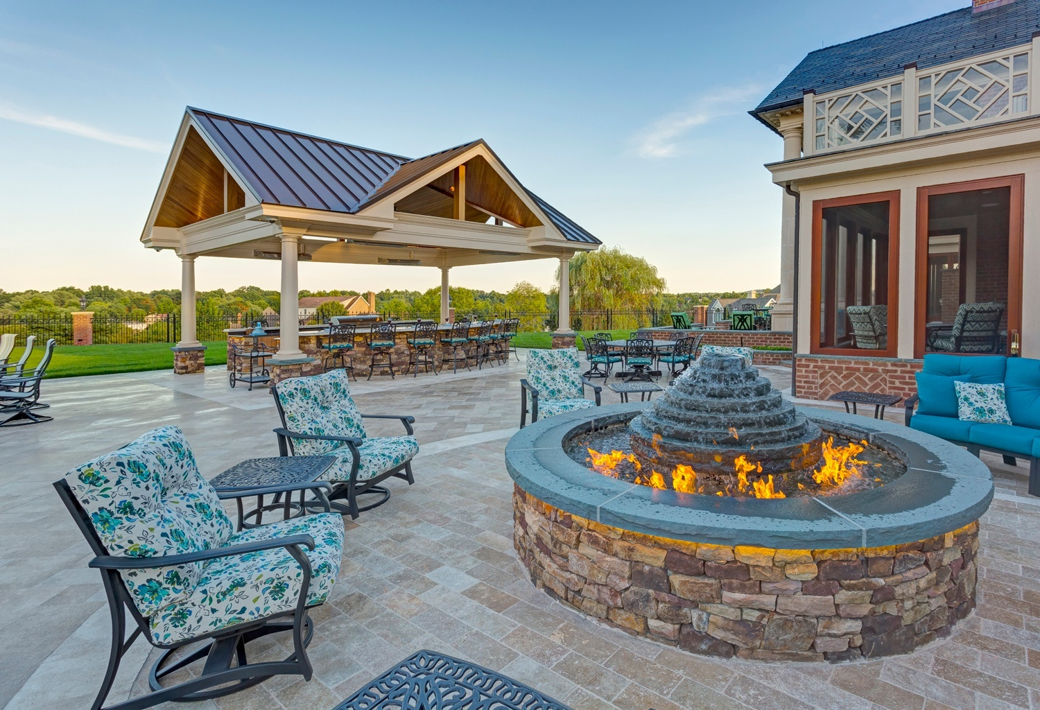 Patio fire pit fountain & dining area