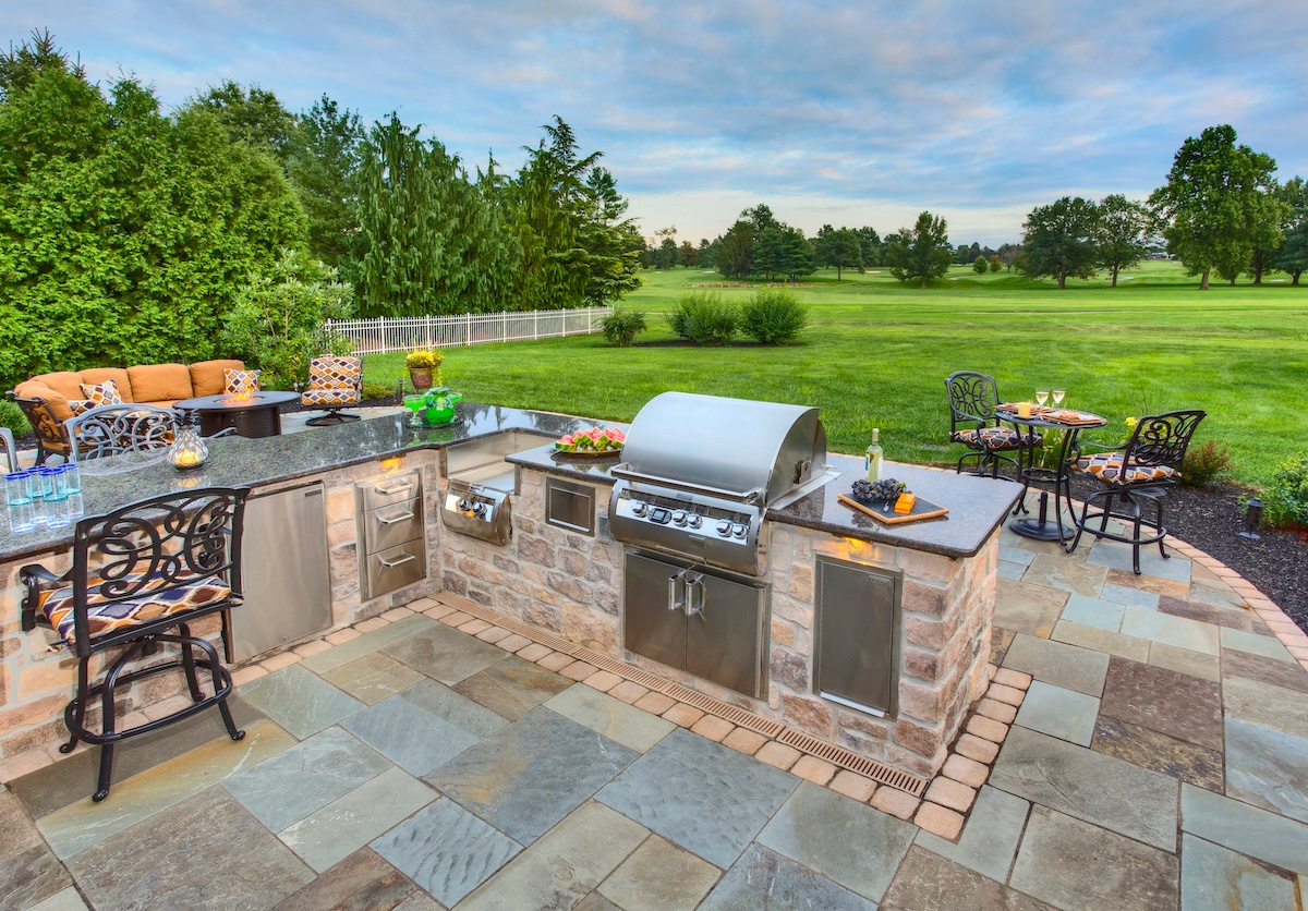 Backyard Patio Area with Outdoor Kitchen in York, PA