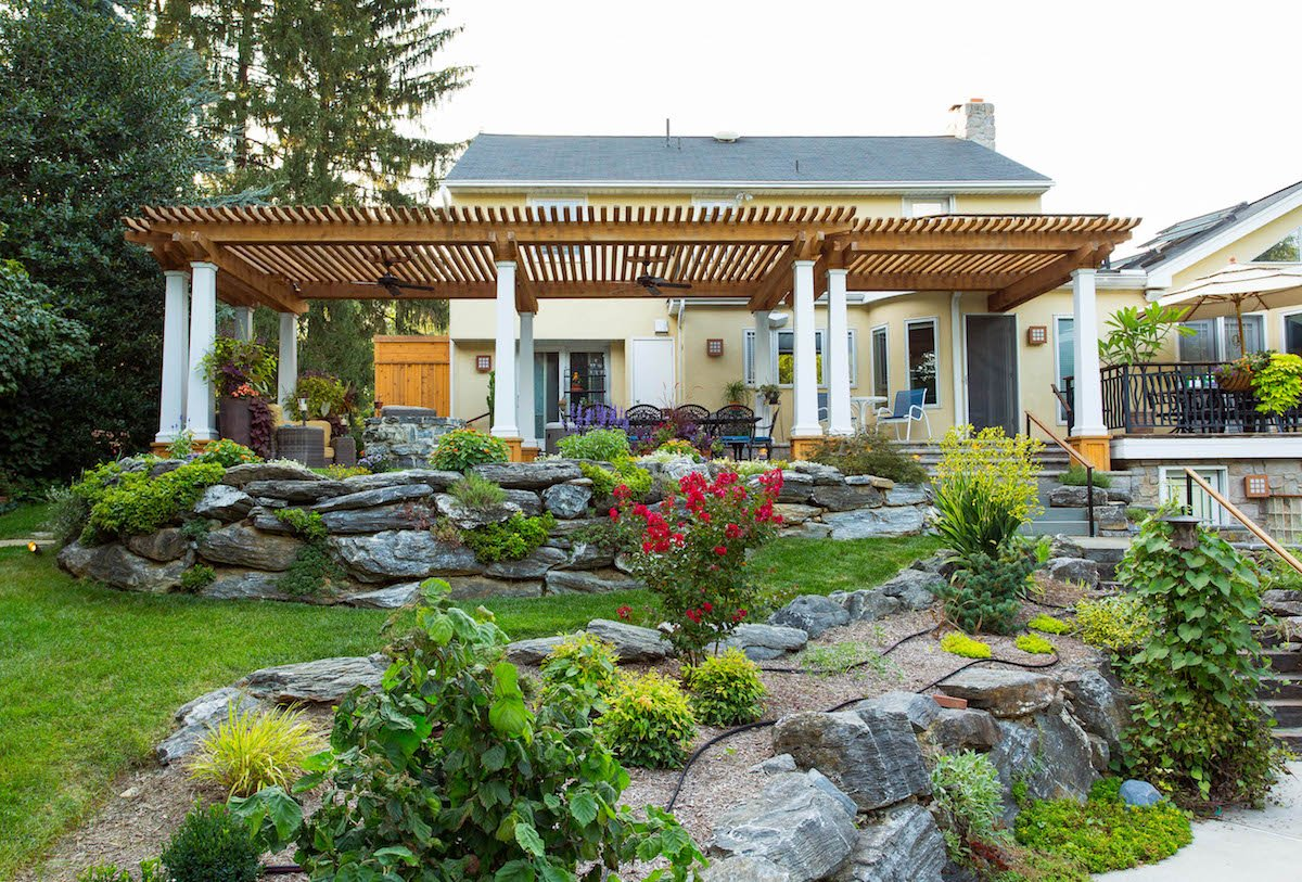 Landscape Plantings: When to DIY and When to Hire a Landscape Designer