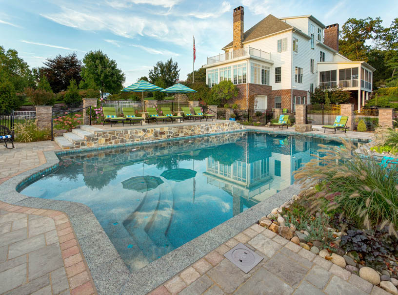 Smart Design Steps When Working with Pool Contractors in Lancaster, PA or Reading